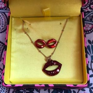 Betsey johnson lips earrings and necklace